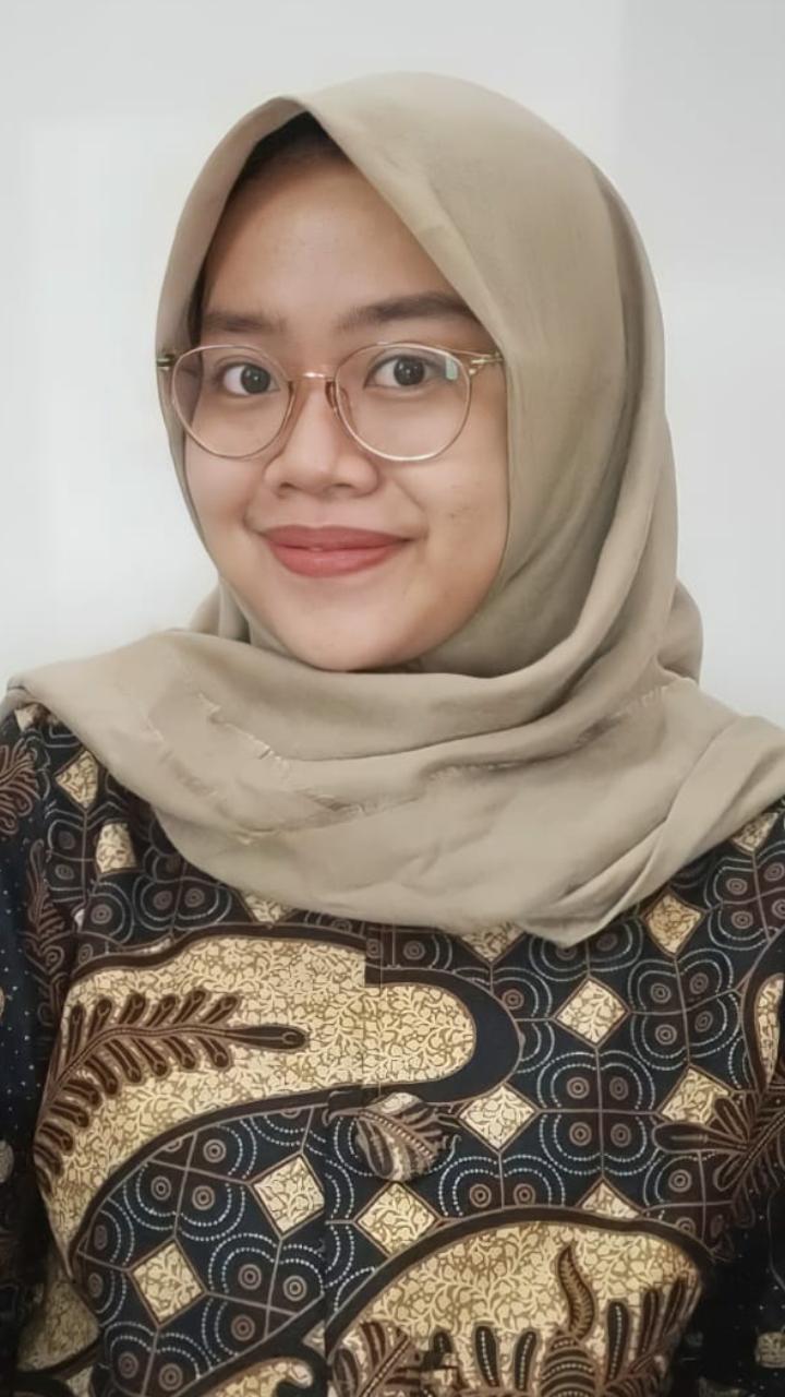 Adenita Damayanti, S.Pd